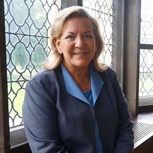 Dr. Susan R. Groesbeck
